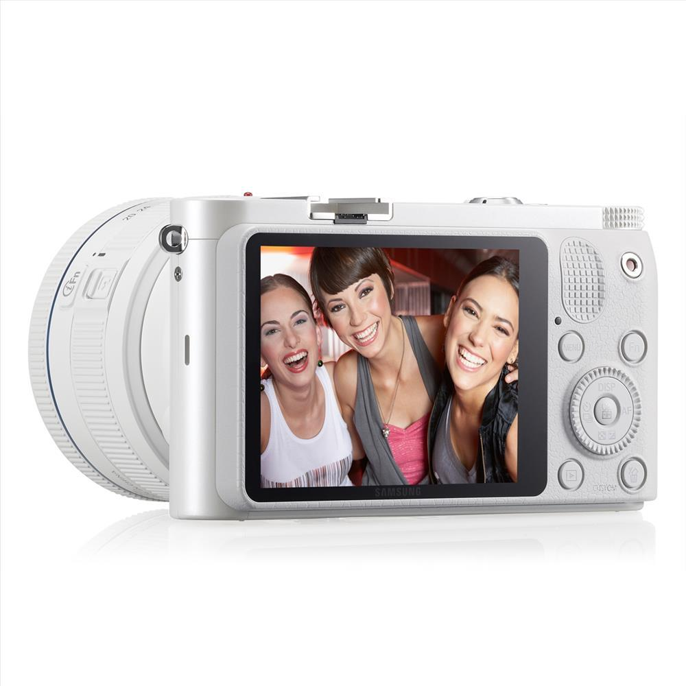 Picture of Samsung NX-300 20.3 Mp Hd Video 8.6 Fps Retro Design Smart 2.0 (Teşhir)